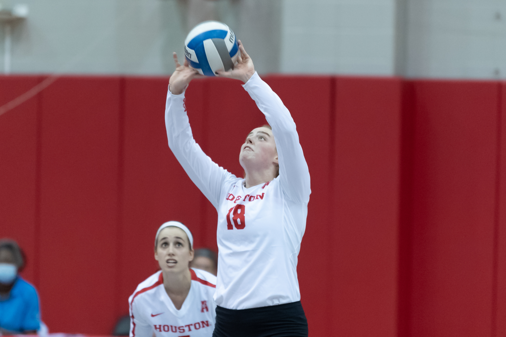 UH volleyball freshman setter Annie Cooke during a regular season game against Rice on Jan. 24 at Athletics Alumni Center. | Courtesy of UH athletics